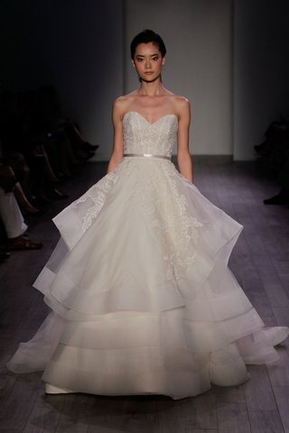 lazaro-spring-2016-strapless-ball-gown-with-layered-skirt-and-sweetheart-neckline