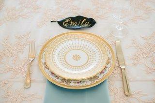 garden-party-wedding-theme-vintage-english-china-place-setting-blue-napkin-blush-and-white-linens