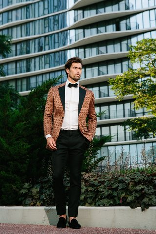 groom-in-jojayden-tuxedo-bronze-geometric-pattern-tuxedo-jackets-slipper-shoes
