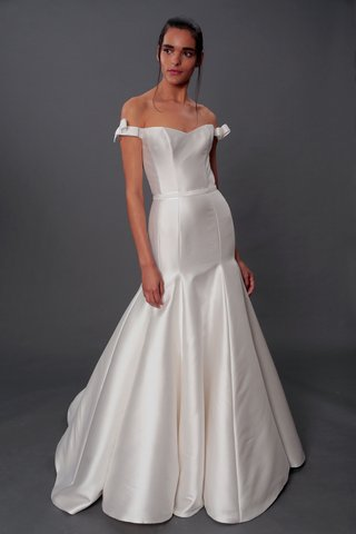 isabelle-armstrong-fall-2019-bridal-collection-wedding-dress-evelyn-off-the-shoulder-trumpet-skirt