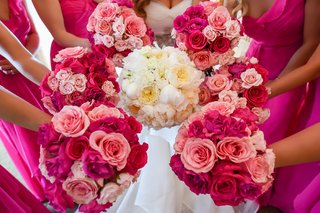 white-bridal-bouquet-with-peonies-and-garden-roses-bridesmaid-bouquets-traditional-roses-in-pink
