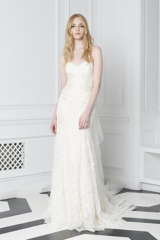 blush-by-monique-lhuillier-fall-2018-embroidered-lace-strapless-gown-with-detachable-tulle-train