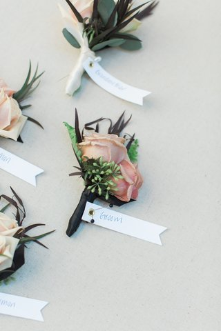 wedding-boutonniere-with-dusty-blush-roses-and-ferns