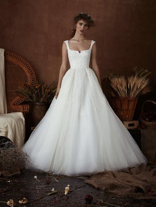 chloe-by-isabelle-armstrong-spring-2018-tulle-ball-gown-cap-sleeve-scooped-notch-neckline-overskirt