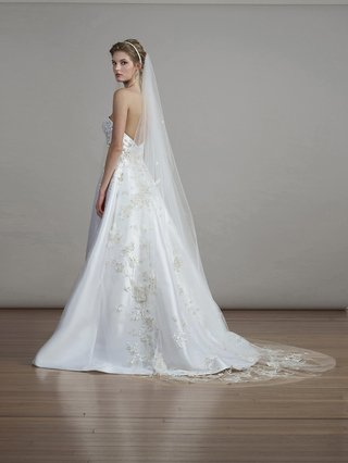 liancarlo-spring-2018-english-garden-stars-flowers-embroidery-illusion-tulle-veil-bridal-collection