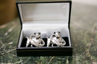 dog-figurine-grooms-wedding-bands-cuff-links-and-mens-bands