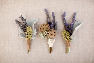 lavender-and-scabiosa-pods-wrapped-in-twine