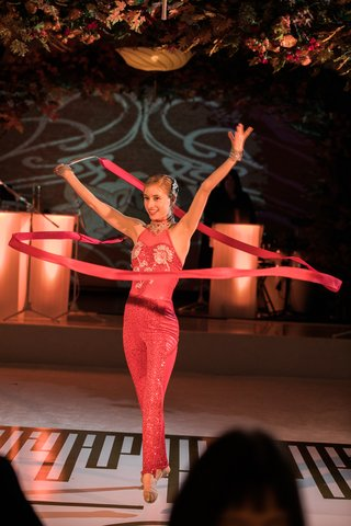 ribbon-dancer-rhythmic-gymnastics-unique-performances-for-wedding-reception