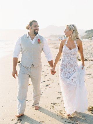 total-divas-star-cj-lana-perry-and-her-wwe-partner-miroslav-rusev-barnyashev-on-beach-wedding