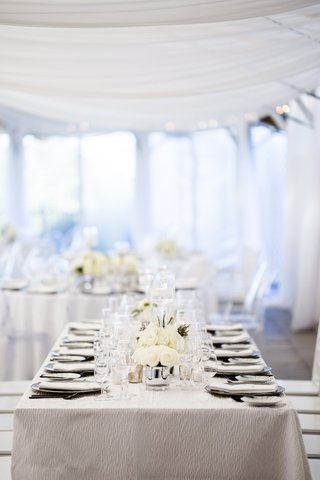 white-tablescape-low-florals-grey-metallic-chargers-classic-simple-shabby-chic-rhode-island-wedding