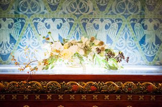 rustic-bouquet-of-white-flowers-for-wedding-at-altar-of-park-avenue-united-methodist-church