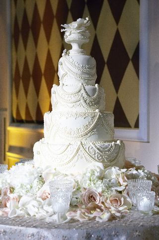 four-layer-white-cake-with-intricate-details