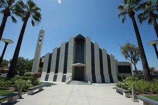 st-irenaeus-catholic-church-wedding-venue-in-long-beach-california