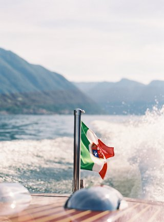 lake-como-wedding-transportation-boat-classic-wooden-boat-italian-wedding-ideas-destination
