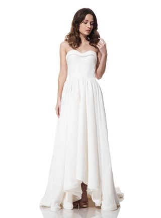 olia-zavozina-fall-winter-2016-sheath-wedding-dress-with-high-front