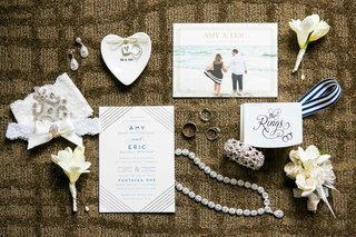 invitations-from-minted-nadri-wedding-jewelry-boutonnieres