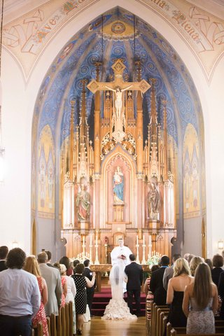 st-marys-catholic-church-in-columbus-ohio-wedding