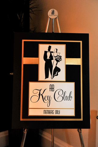 the-great-gatsby-themed-black-and-gold-sign