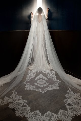 galia-lahav-spring-2018-shell-life-structure-ivory-starched-point-desprit-tulle-vintage-laces