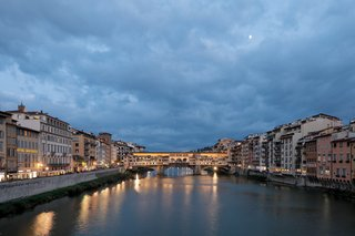 arno-river-in-florence-italy-anniversary-trip-tuscany-countryside-river