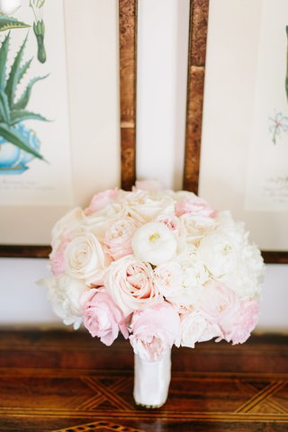 bridal-bouquet-with-ivory-and-blush-roses-and-white-peonies