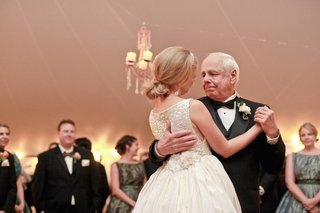 keri-lynn-pratt-dances-with-emotional-father-of-the-bride