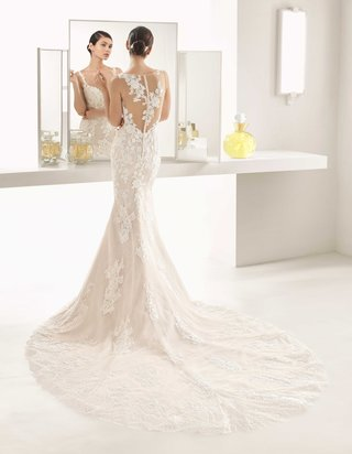 rosa-clara-bridal-oboe-wedding-dress-mermaid-gown-illusion-back-lace-details-buttons-up-back