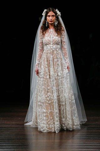 naeem-khan-bridal-fall-2017-galapagos-long-sleeve-wedding-dress-jewel-neckline-flower-embroidery