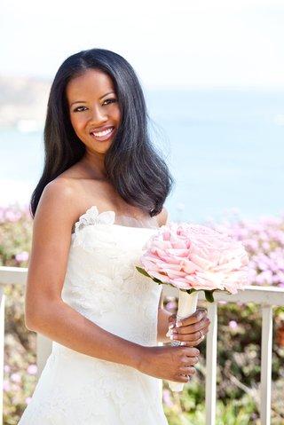 straight-wedding-hair-on-african-american-bride
