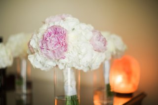 bridal-bouquet-with-pink-peonies-cream-roses