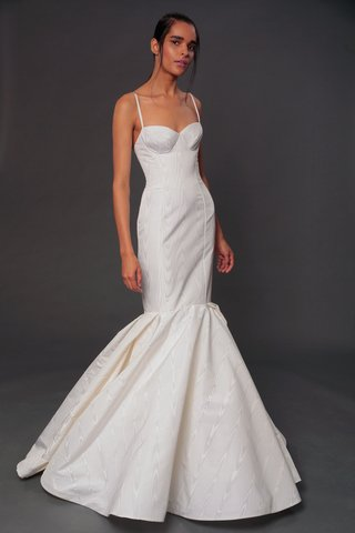 isabelle-armstrong-fall-2019-bridal-collection-wedding-dress-tatiana-mermaid-gown-spaghetti-straps