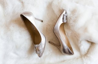 manolo-blahnik-wedding-shoes-silver-with-crystal-buckle