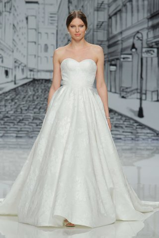justin-alexander-spring-summer-2017-sweetheart-neckline-strapless-ball-gown-a-line-lace-applique
