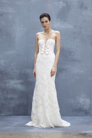 amsale-fall-2018-strapless-slim-alencon-lace-gown-with-plunging-neckline-and-bows-with-crystals