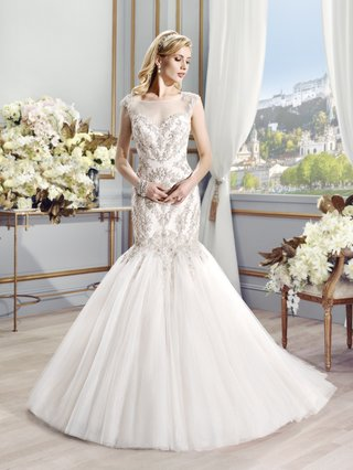 val-stefani-sienna-bridal-gown