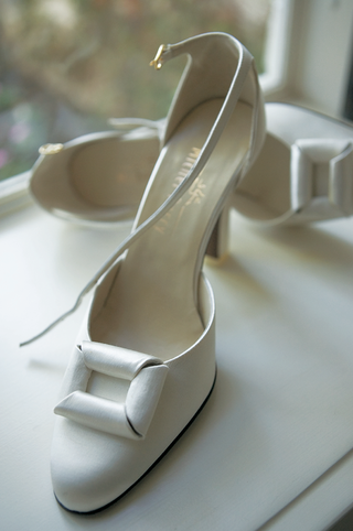 bridal-buckle-white-satin-heels-for-wedding-shoes