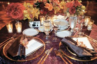 gold-and-maroon-wedding-reception-table