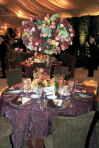 purple-wedding-reception-table-with-fall-centerpiece