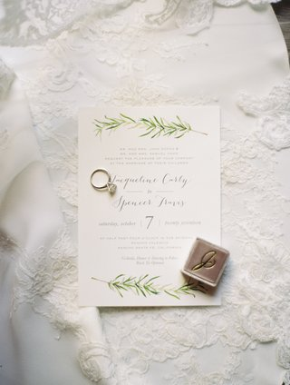 simple-wedding-invitations-with-illustration-of-olive-branch