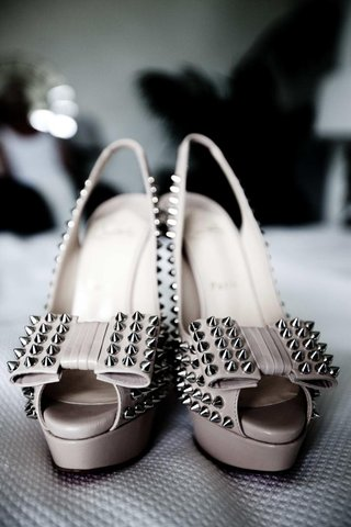 nude-peep-toe-slingback-with-bows-and-studs