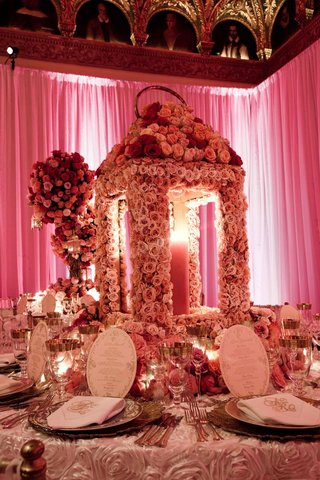 oversize-lantern-made-of-flowers-on-wedding-reception-table
