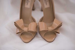 valentino-nude-tan-peep-toe-pumps-wedding-day-shoes-bow-details-at-toe