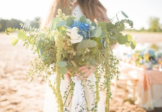 eucalyptus-hydrangea-amaranthus-bouquet-blue-green-greenery