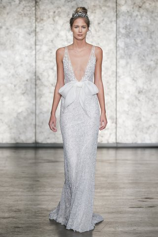 inbal-dror-fall-2018-fully-sequined-crochet-lace-v-neck-sheath-with-organza-pocketed-waist-bow