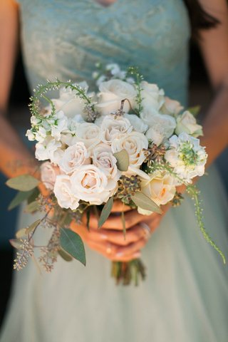 bridesmaids-bouquet-with-cream-roses-and-eucalyptus