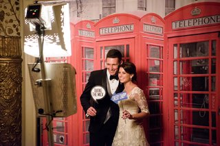 london-england-theme-photo-booth-for-british-groom-red-telephone-booth-funny-english-sayings-props