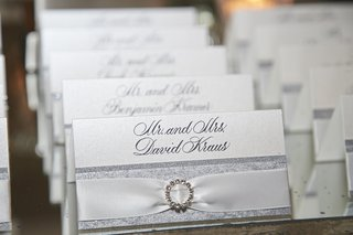 silver-glitter-escort-card-with-ribbon-and-rhinestone