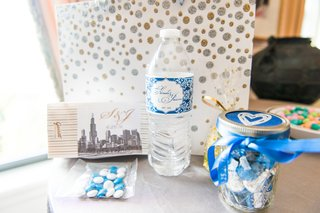 chicago-wedding-welcome-bags-m-ms-bottle-of-water-hersheys-kisses