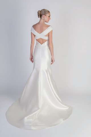 vespa-wedding-dress-with-criss-cross-back-by-jean-ralph-thurin