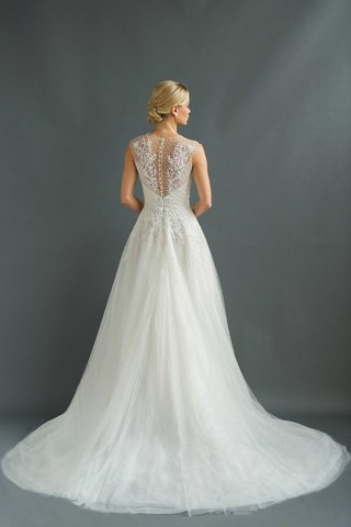 back-of-embroidered-and-beaded-wedding-dress-a-line-gown-marion-by-sabrina-dahan-debut-fall-2016